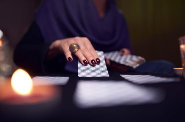 6 Reasons to Try Consider a Psychic Reading